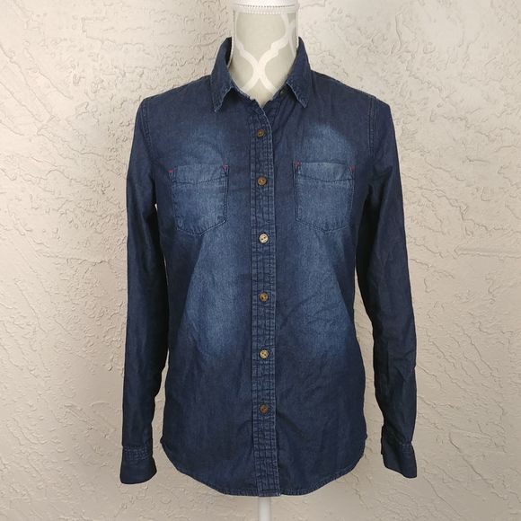 Roots Tops - Roots Canada Womens Denim Button Down Shirt